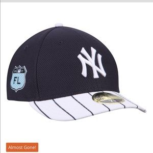 Men's New York Yankees New Era fitted Hat size 8